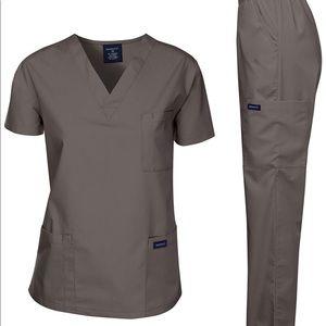 0267 Dagacci Scrubs Medical Uniform Women and Man